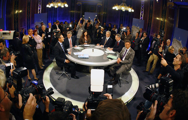 Austrian political party's top candidates Molterer, Faymann, Strache, Haider and Van der Bellen wait for the start of a TV discussion in Vienna