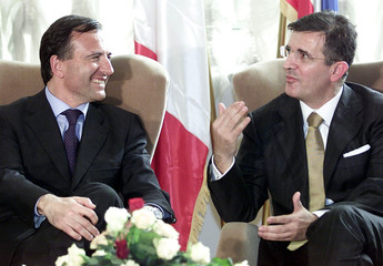 SERBIA AND MONTENEGRO PRESIDENT MAROVIC MEETS WITH ITALIAN FOREIGNAFFAIRS MINISTER FRANCO ...