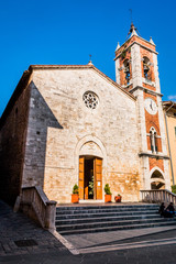 Dans le village de San Quirico en Toscane
