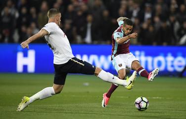 West Ham United's Manuel Lanzini shoots at goal