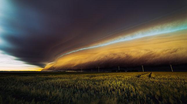 amazing monster cloud