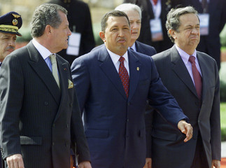 VENEZUELAN PRESIDENT CHAVEZ ARRIVES IN LIMA FOR TOLEDO'S INAGURATIONCEREMONY.