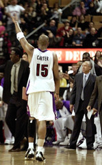 RAPTORS CARTER SALUTES THE CROWD IN GAME AGAINST PHILADELPHIA 76ERS.
