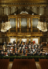 Maestro Georges Pretre conducts the Vienna Philharmonic Orchestra during a rehearsal for the New Year's Concert 2008 in Vienna