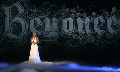 U.S. singer Beyonce Knowles performs during the German television show 'Wetten, dass..?' in Friedrichshafen