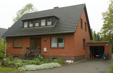 THE HOME OF THE SUSPECTED 18-YEAR-OLD CREATOR OF THE 'SASSER' COMPUTER WORM IN WAFFENSEN NEAR BREMEN.
