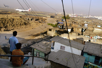 To accompany feature INDIA-CITY-POOR