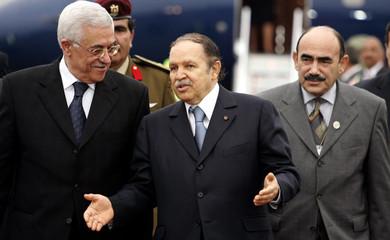 Algerian President Abdelaziz Bouteflika and his Palestinian counterpart Mahmoud Abbas meet in Algiers.