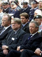GERMAN DEFENCE MINISTER SCHARPING ATTENDS COMMEMORATION IN BERLIN.