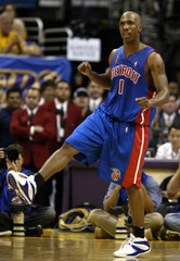 PISTONS GUARD CHAUNCEY BILLUPS CELEBRATES THREE POINT BASKET AGAINST LAKERS.