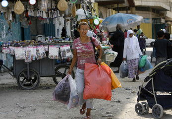To match feature PALESTINIANS ISRAEL/SHOPPERS