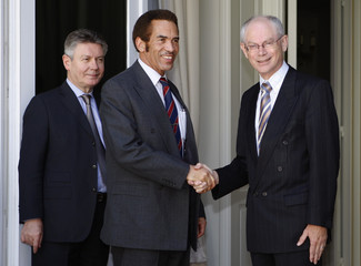 Belgium's PM Van Rompuy and FM De Gucht welcome Botswana's President Khama in Brussels