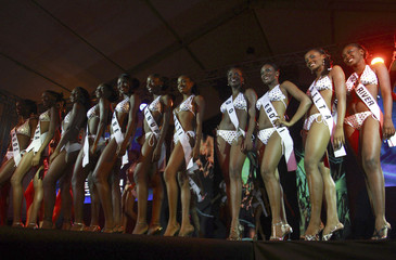 Contestants pose on the stage during the 2008 Most Beautiful Girl in Nigeria beauty pageant in Lagos