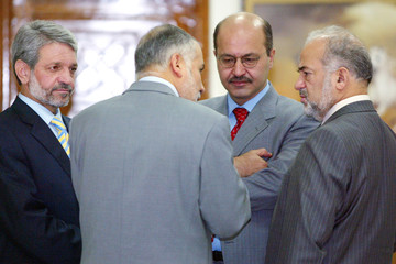 Iraqi Prime Minister Jaafari meets with senior government officials in Baghdad.