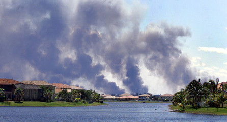 LARGE BRUSH FIRE BURNS IN SOUTHWEST DADE COUNTY IN FLORIDA.