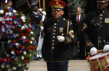 Bush arrives to place a wreath at the Tomb of the Unknowns during Memorial Day ceremonies at Arlington National Cemetery in Arlington, Virginia