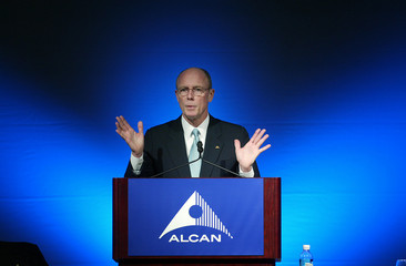 ALCAN PRESIDENT AND CEO ENGEN SPEAKS DURING ANNUAL GENERAL MEETING OF SHAREHOLDERS.