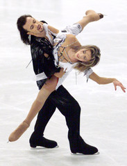 RUSSIA'S LOBACHEVA AND AVERBUKH PERFORM TO WIN GOLD IN WORLD FIGURESKATING CHAMPIONSHIPS ICE DANCING ...