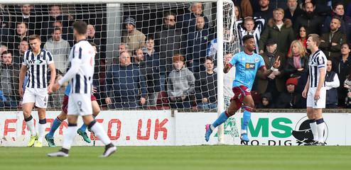 Ivan Toney of Scunthorpe United celebrates scoring their first goal