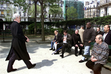FRENCH PRIME MINISTER AND SOCIALIST PARTY PRESIDENTIAL CANDIDATE LIONELJOSPIN IN A PUBLIC GARDEN.