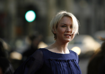 Zellweger attends premiere of Leatherheads at Grauman's Chinese theatre in Hollywood