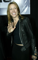 SINGER SHERYL CROW ARRIVES FOR THE PREMIERE OF THE RECRUIT.