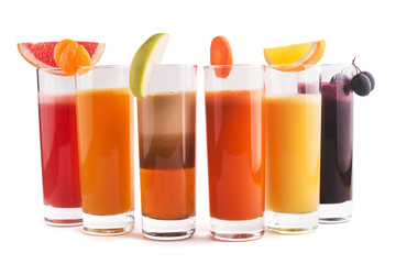 Mix fresh juice, mandarin, orange, apple, carrot and grapes