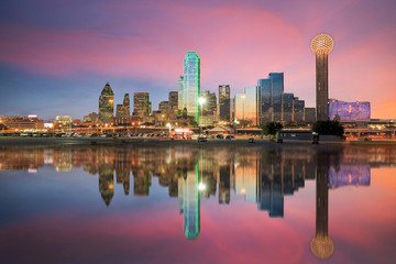 Poster United States Dallas skyline reflected in Trinity river at sunset