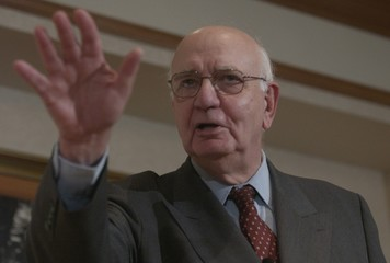 Paul Volcker delivers report in New York.