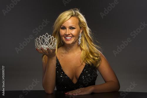 Blonde Beauty Queen 57