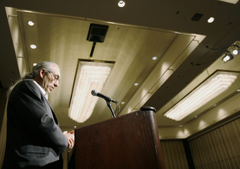 Canadian Assembly of First Nations Chief Phil Fontaine addresses meeting in Toronto