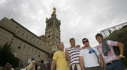 Australia's Rugby World Cup players  Mortlock, Vickerman, Sheperson and Barnes pose for photos in Marseille