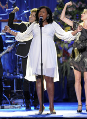 Singer Jennifer Hudson performs during the memorial service for Michael Jackson at the Staples Center in Los Angeles