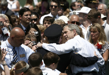 US President Bush greets family members of fallen members of law enforcement at the annual Peace Officers Memorial Service in Washington