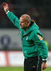 Werder Bremen's coach Schaaf celebrates after a German Bundesliga soccer match victory against FSV Mainz 05 in Mainz