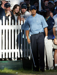 TIGER WOODS LOOKS AT DIFFICULT SHOT ON EIGHTEENTH HOLE DURING PGACHAMPIONSHIP.