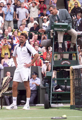 GORAN IVANISEVIC APPEALS TO UMPIRE JORGE DIAS DURING THE MEN'S FINAL OF THE WIMBLEDON CHAMPIONSHIPS.
