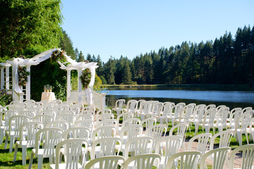 Oregon Wedding Venue by Lake