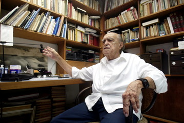 ARCHITECT NIEMEYER DURING INTERVIEW WITH REUTERS IN RIO