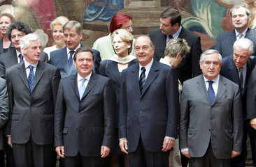 The Franco-German council of ministers is seen at the Elysee Palace in Paris April 26, 2005. Picture..