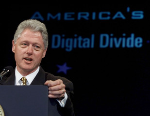 PRESIDENT CLINTON SPEAKS AT COMDEX CONFERENCE.