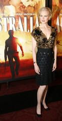 """Actress Nicole Kidman arrives for the premiere of the film """"Australia"""" in New York"""