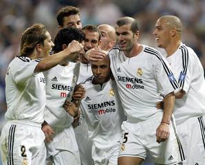 REAL MADRID CELEBRATE GOAL AGAINST OLYMPIQUE DE MARSEILLE IN CHAMPIONSLEAGUE FIRST STAGE MATCH IN MADRID.