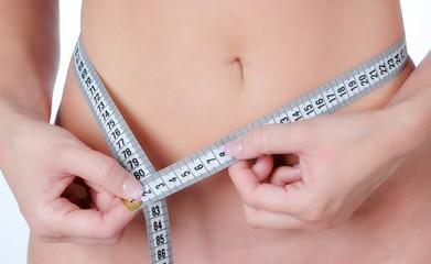 BMI Maßband Diät Bauch Frau schlank