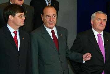 DUTCH PRIME MINISTER BALKENENDE, FRENCH PRESIDENT CHIRAC AND IRISH PRIME MINISTER AHERN TALK ...