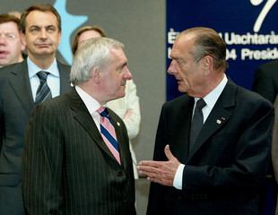 IRISH PM AHERN FRENCH PRESIDENT CHIRAC AND SPANISH PM RODRIGUEZ POSE AT A EU SUMMIT IN BRUSSELS.