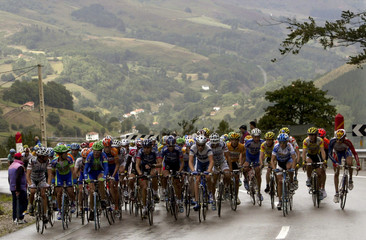 RIDERS CLIMB EL ESCUDO PASS DURING TOUR OF SPAIN FOURTH STAGE.