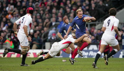 England's Worsley tackles France's Liebenberg during their Six Nations international rugby union match ...