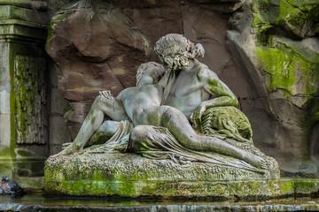 Medici fountain (1630). Jardin du Luxembourg. Paris, France.