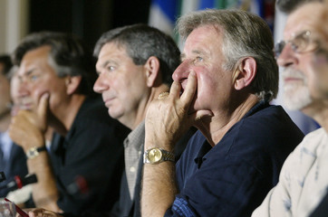 Alberta Premier Ralph Klein listens to questions during clsoing of Premiers Conference in Niagara.